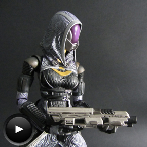 Tali'Zorah vas Normandy de Play Arts Kai